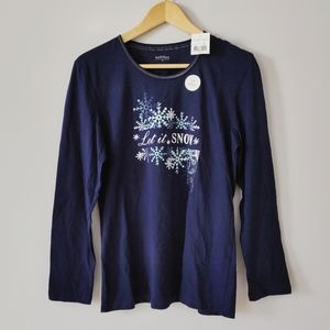 """Brand new Northern Reflections """"Let it Snow"""" top"""
